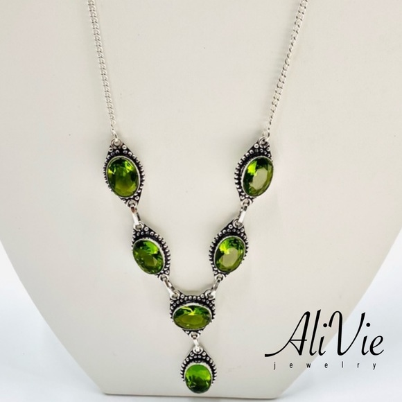 S925 Plated Natural Peridot Ethnic Necklace JN03